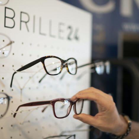 Brillenanprobe beim Partneroptiker