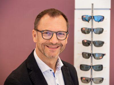 Optiker Brillenmacher Optik GmbH Bild 1