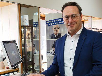 Optiker Optik - Uhren - Schmuck Heseler OHG Bild 1