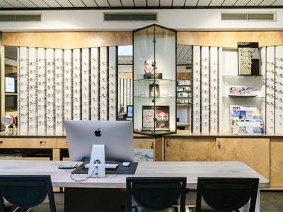 Optiker Optik Schriek Bild 1
