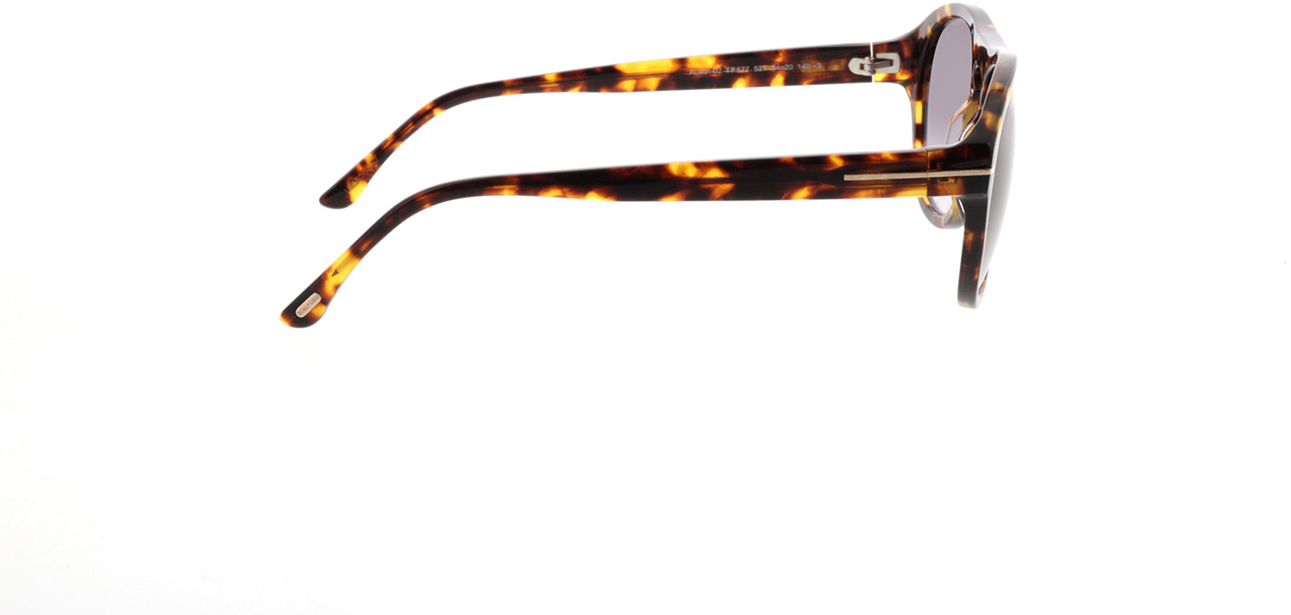 Picture of glasses model Tom Ford FT0677 52T in angle 90
