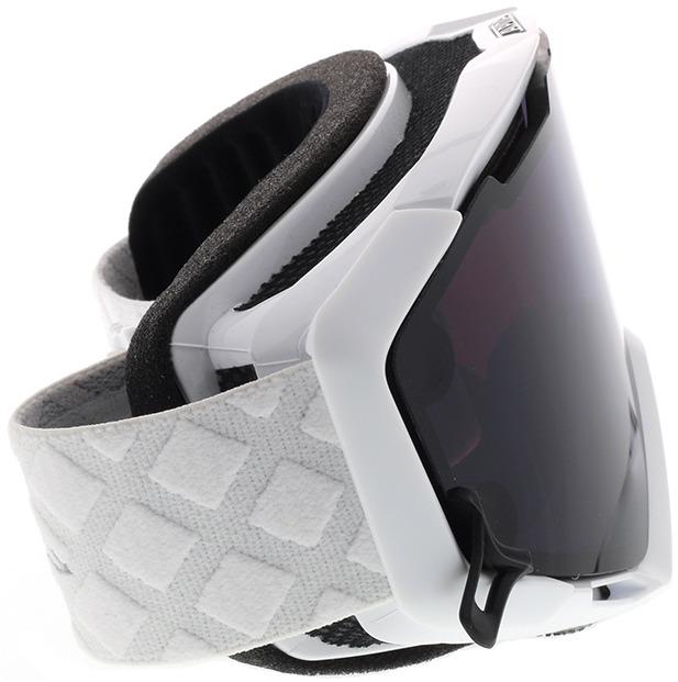 Picture of glasses model Alpina Skibrille PANOMA MAG Q white QUATTROFLEX / S black in angle 90