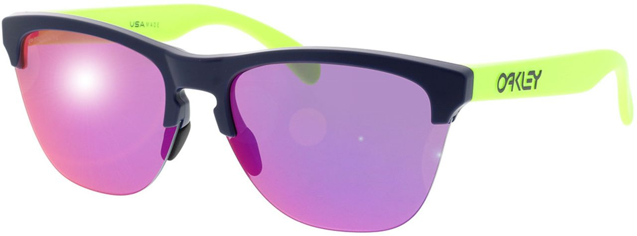 Picture of glasses model Oakley OO9374 937435 63-10 in angle 330